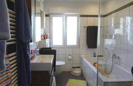Modern ausgestattete und familienfreundlich geschnittene 4 – Zimmer Eigentumswohnung in bester Lage von Dümpten