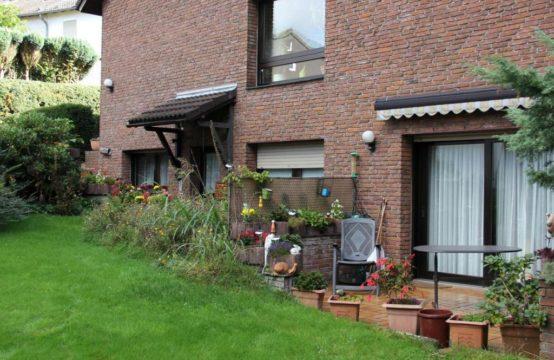 Freistehendes Einfamilienhaus mit Einliegerwohnung in ruhiger Lage von Winkhausen
